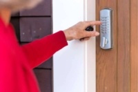 What to Clean for House Guests - Woman pressing doorbell