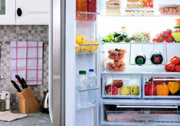 How to Organize Your Refrigerator - Featured