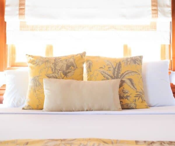 How to Wash Pillows - Foam, down, polyester, down-alternative and buckwheat hull