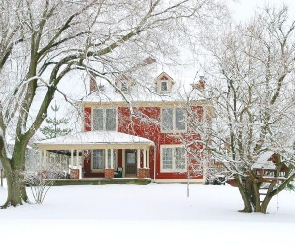Home maintenance tasks before winter
